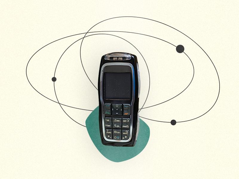 Collage: altes Handy mit schmelne Kreislinien rundherum